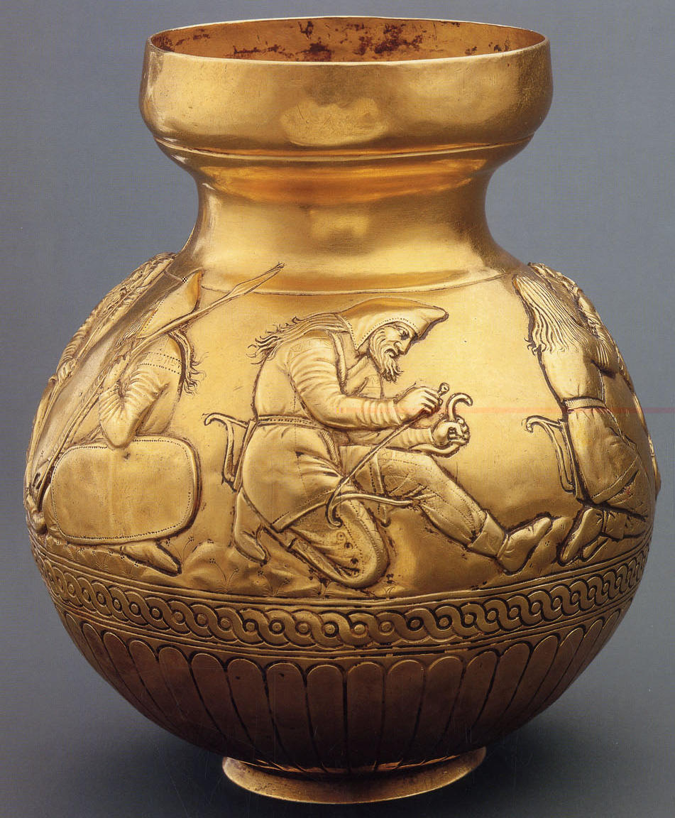 Electrum vase from the scythian tumulus Kul-Oba (2nd half of 4th Century B.C.), which demonstrates the process of setting a bowstring on a bow